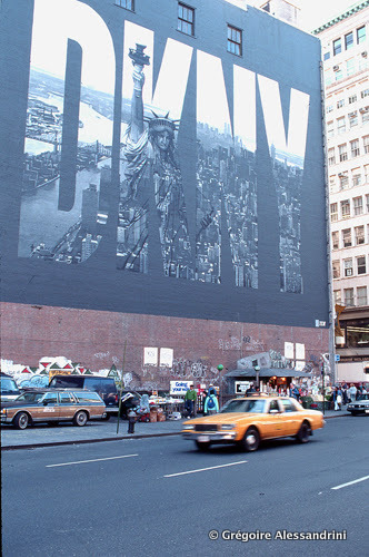 07-houston street- NYC - 1990s - Vintage photos.jpg