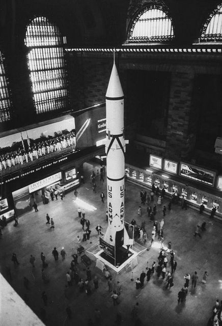 Redstone Rocket-Grand Central Terminal-1957-NYC-2