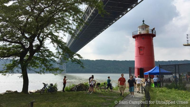 Little_Red_Lighthouse-Jeffreys_Hook-Washington_Heights-Manhattan-NYC